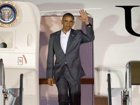 obama+arrives.JPG