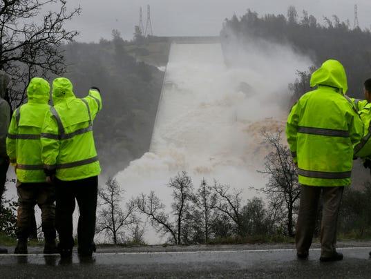 Oroville Dam crisis AP 1jpg