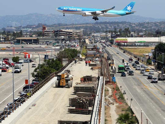 During the 2017 holidays, Los Angeles Internantional Airport is predicted to experience the biggest crowds on Dec. 22