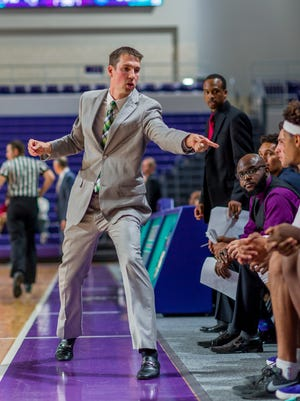 FSW men's basketball coach Marty Richter is heading to Drake to be an assistant.