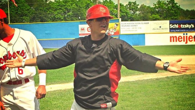 Battle Creek Bombers assistant coach Jimmy Correnti will return for the 2015 Northwoods League season.