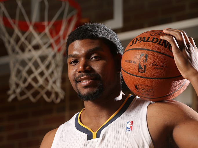 Pacers center Andrew Bynum