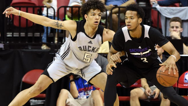 Bucks rookie D.J. Wilson plays defense at the Las Vegas summer league.