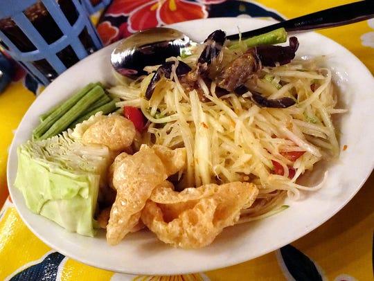 Salted crab papaya salad at Glai Baan.