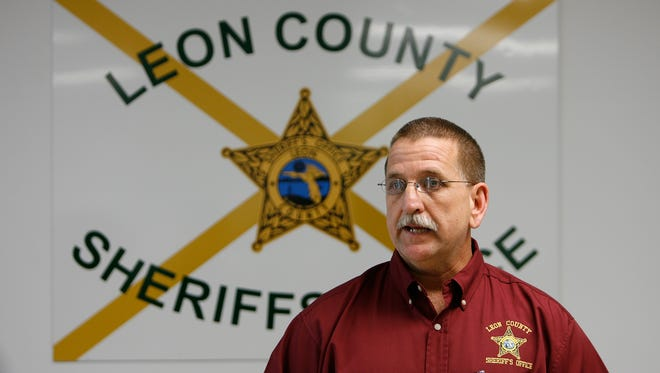 Major Mike Wood talks to the media about the possible connection between the Cheryl Dunlap murder and Meredith Emerson murder in Georgia at the Leon County Sheriff's office January 09, 2008.