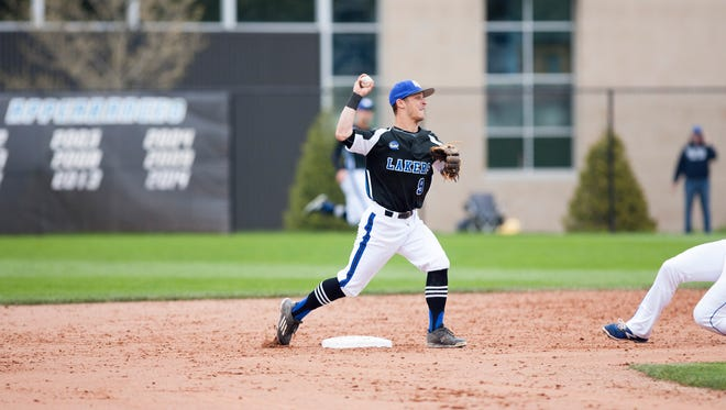 Josh Smith turns a double play during Grand Valley State's North Division title season.