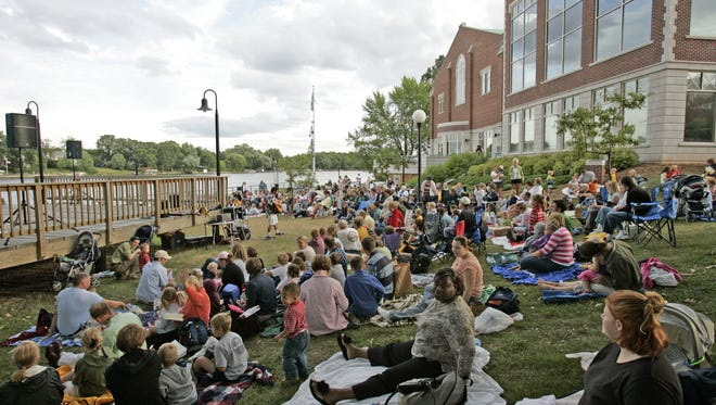 The Knights on the Fox concert series returns to the St. Norbert College campus this summer.