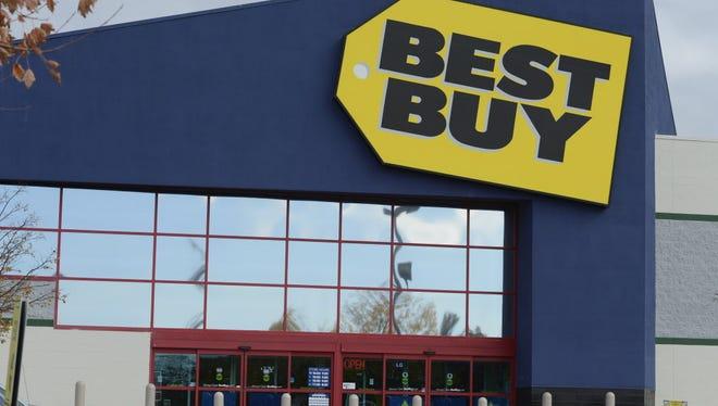 10/31/14 1:46:15 PM -- Wilmington, DE  --  Money File Images -   Best Buy store in Wilmington, DE. Photo by Eileen Blass, USA TODAY staff ORG XMIT:  EB 131729 money file image 9/17/2014 [Via MerlinFTP Drop]