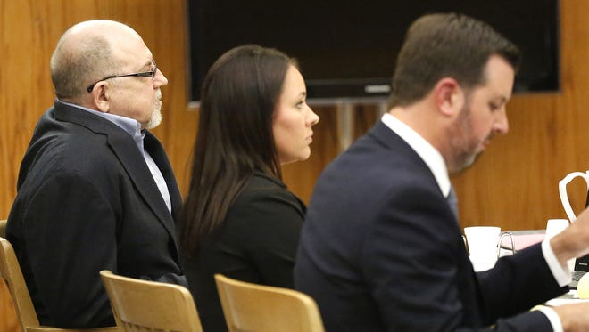 Dennis Brantner sits in a Fond du Lac County court room with attorneys Beth Van Engen and Craig Powell Monday June 13, 2016 during jury selection for Brantner's 1990 murder trial for the slaying of Berit Beck.