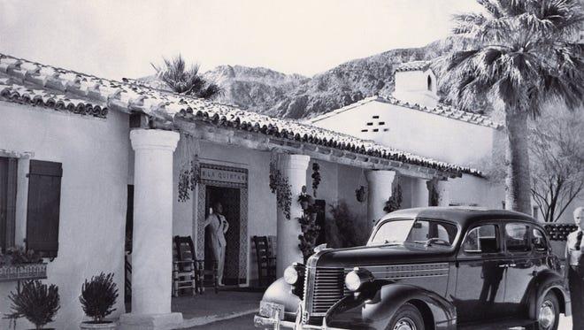 La Quinta Resort entrance, 1940.