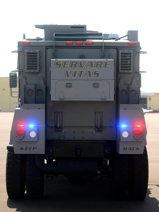 -08062014_police vehicle-b.jpg_20140806.jpg
