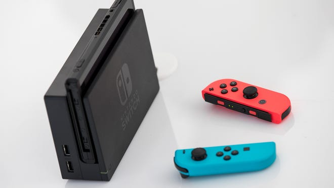NEW YORK, NY - MARCH 3: The new Nintendo Switch game console is displayed at a pop-up Nintendo venue in Madison Square Park, March 3, 2017 in New York City. The Nintendo Switch console goes on sale today and retails for 300 dollars. (Photo by Drew Angerer/Getty Images) ORG XMIT: 700014627 ORIG FILE ID: 647498672