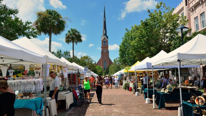 In South Carolina, Charleston Farmers Market meets in Marion Square on Saturdays from mid-April through November, with a holiday market in December.
