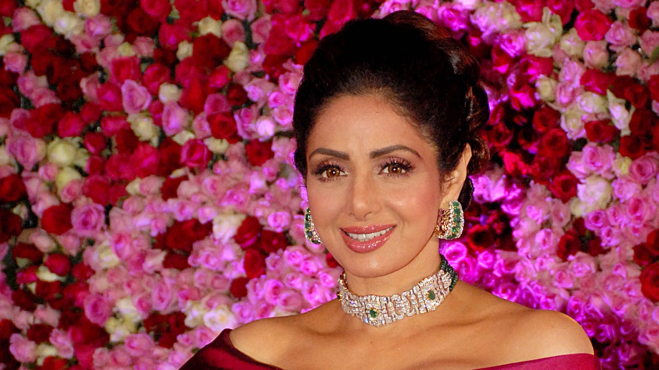 Bollywood mourns death of legendary actress Sridevi