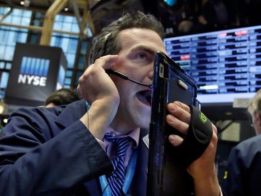 AP APTOPIX FINANCIAL MARKETS WALL STREET F A USA NY
