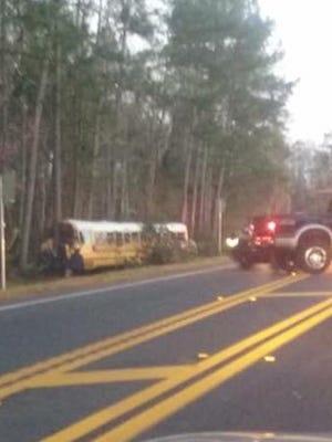 Three Wakulla County students recieved minor injuries in a crash involving a school bus Thursday morning.