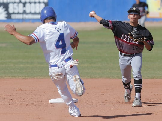 El Dorado shortstop Sergio Rodriguez turns a double
