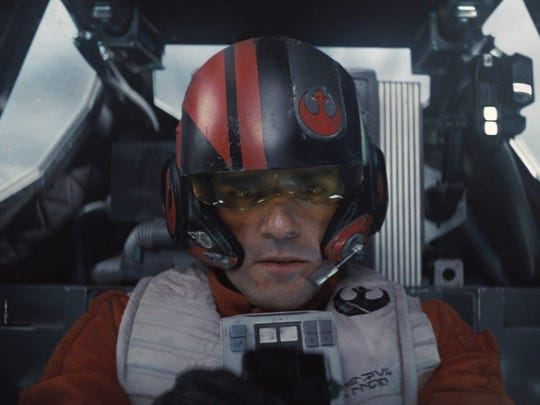 Oscar Isaac says it was a little snug in the cockpit