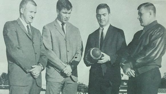 The coaches of the 1967 Easley football team were,