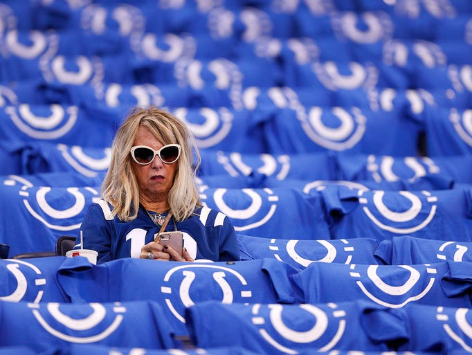 Indianapolis Colts fans were greeted with a Colts shirts
