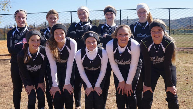 The Vipers Elite softball team.