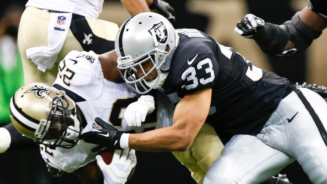 Raiders strong safety Tyvon Branch (33) is reportedly visiting the Colts.