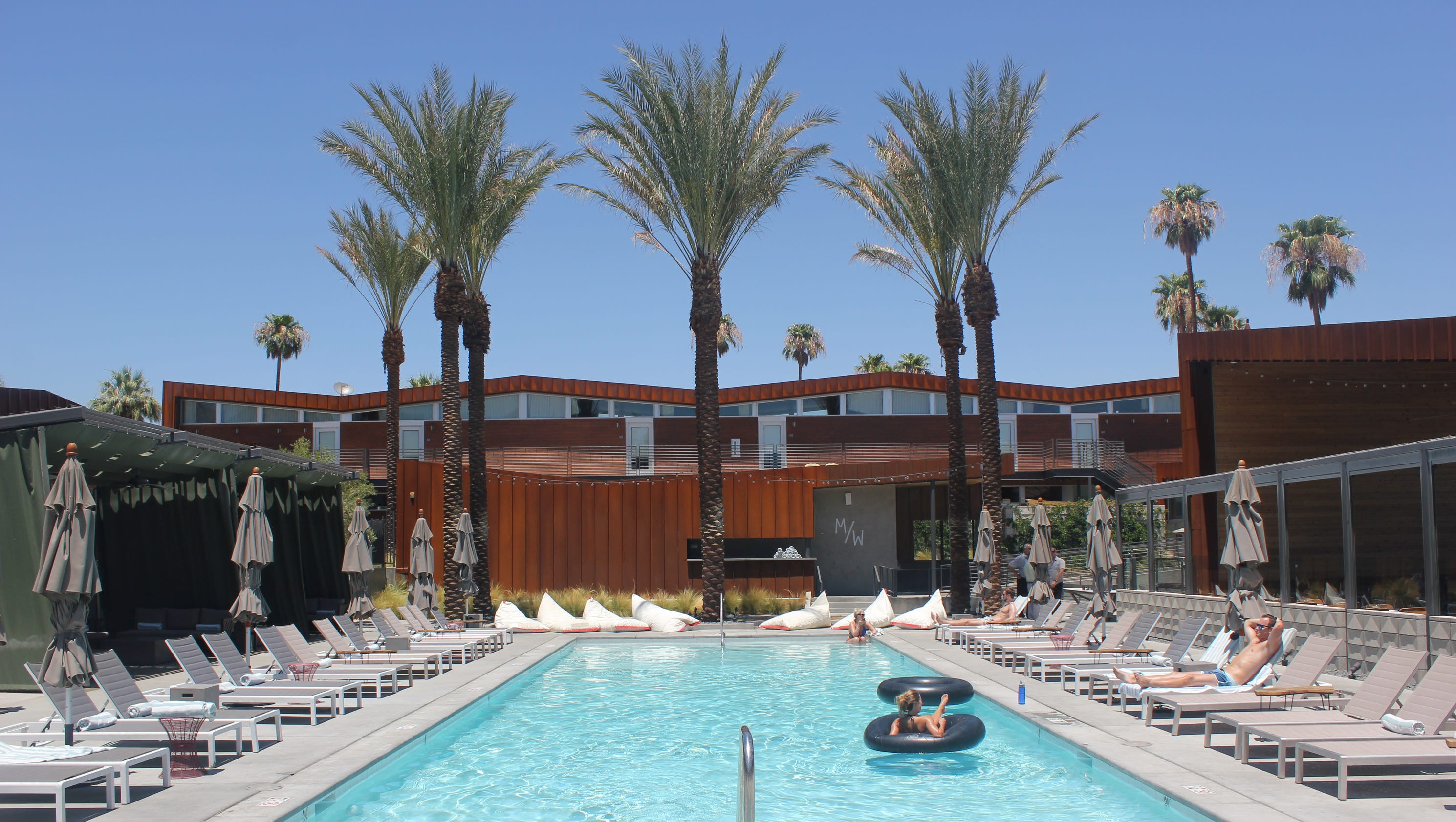 Best Hotels In Palm Springs For Coachella