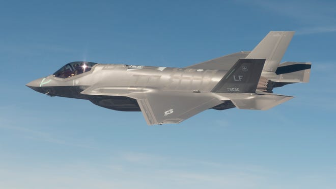 The new F-35 Lightning II will be at the 2014 Luke Days .