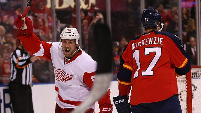Stephen Weiss of the Detroit Red Wings celebrates a goal against the Florida Panthers at BB&T Center on Jan. 27, 2015, in Sunrise, Florida.