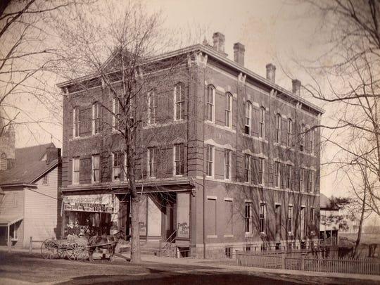 The Deats Building.