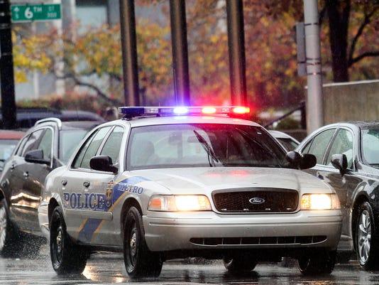635835283111898737-111915louisville-police.jpg