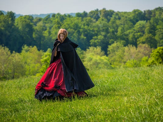 Serafina-in-the-Black-Cloak.jpg