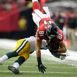 Even Packers' offense no match for torrid Falcons