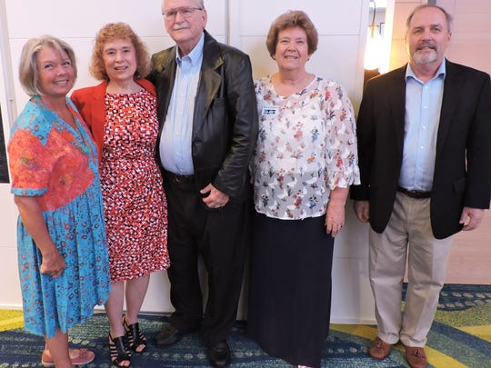 Liz Esmiol, Nola & Lee Hiller, Sharyon Daigneau and Mark Banta attended Mac Stone's presentation at the Elliott Museum.