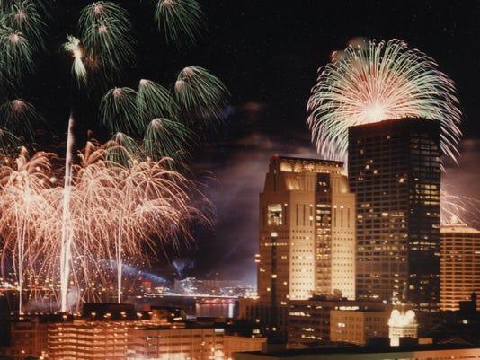 Louisville Fireworks Thunder