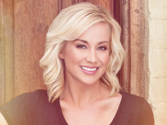 NDN 0609 KELLIE PICKLER