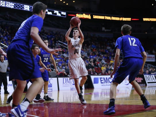 North Linn's Jake Hilmer shoots the ball during the