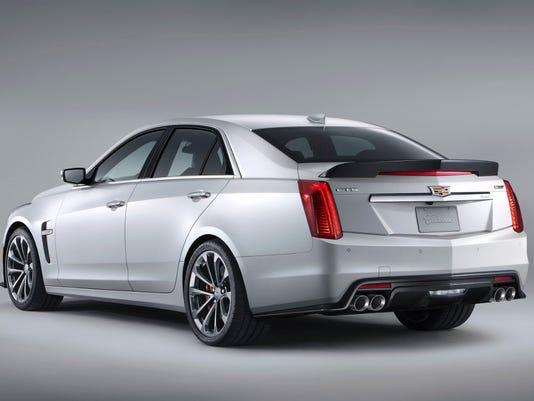 2016 Cadillac CTS-V sedan (back)