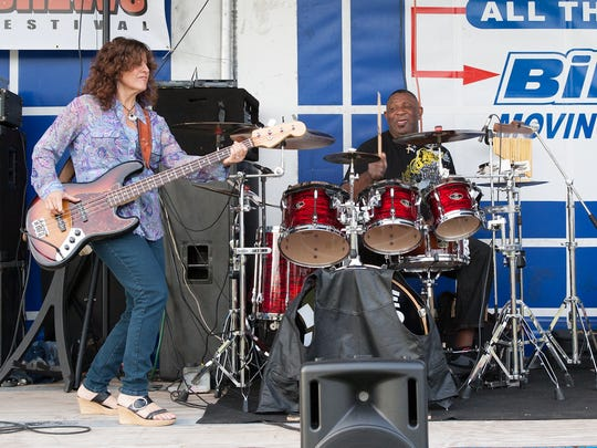Deb Biela and Willie Miller of Deb & The Dynamics performing in 2012.