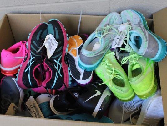 636151672822103183-shoes.jpg