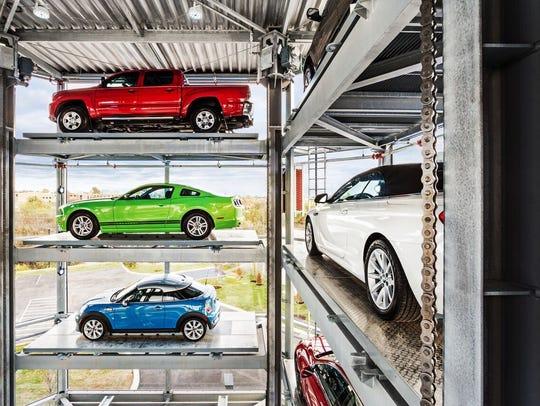 Phoenix-based online auto retailer Carvana operates