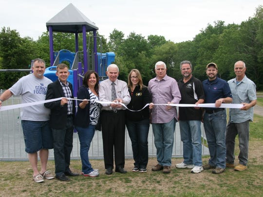 Republican mayoral candidates Robert Colletti and Magdalena Giandomenico served on the governing body together previously. They are seen at the center here with Councilmembers Joseph Dombrowski and Daniel Golabek, Director of Recreation Donna Puglisi, former Councilmembers Louis Vuoncino, Keith Work, Anthony Chirdo and Recreation Advisory Board member Glen Pettigano.