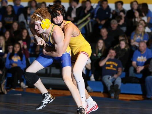 636494135904716632-Manville-wrestling-Voorhees-two.jpg