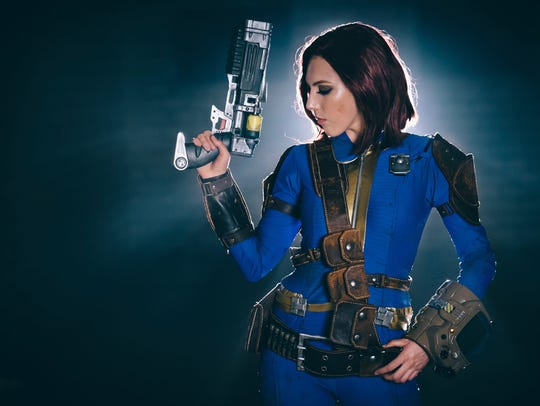 Viverra Cosplay will be one of the guests at 7 p.m.
