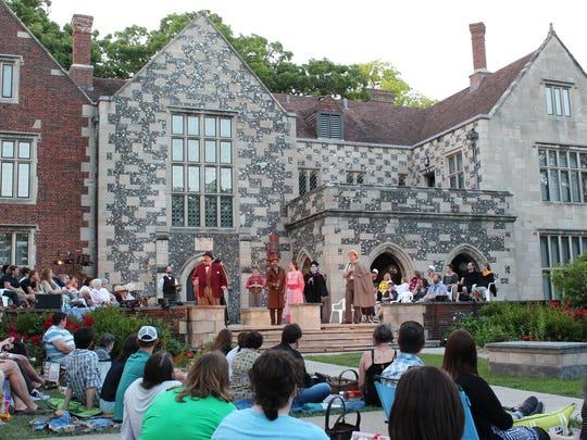 """A performance of """"Taming of the Shrew"""" drew visitors to Salisbury House in 2017."""