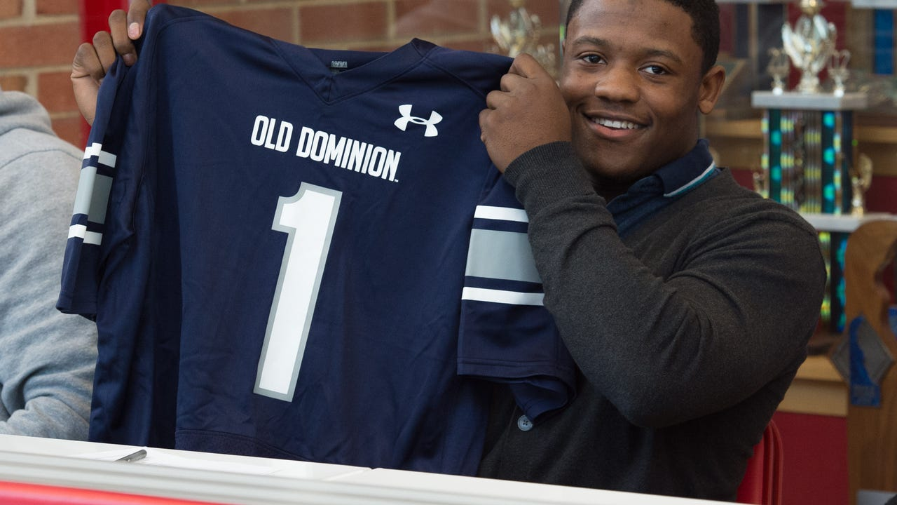 Smyrna's Will Knight signs with Old Dominion University