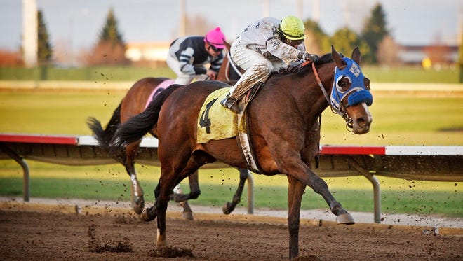 Live racing at Prairie Meadows begins Saturday (April 18) and runs through Oct. 10.