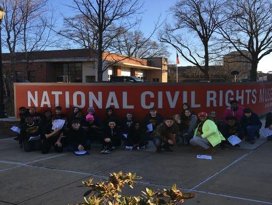 635908839990976015-Civil-rights.jpg