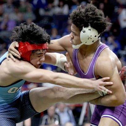 Section V wrestlers win 8 state titles, including 3 for a third time