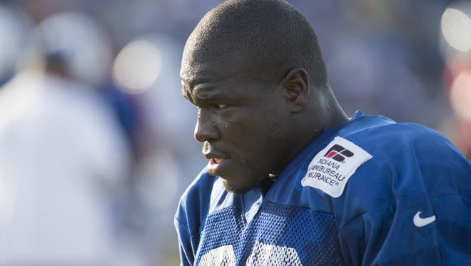 Frank Gore came up 33 yards short of 1,000 yards last season. Can be break the barrier this year?